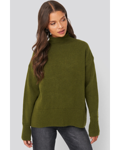 Turtlneck Oversized Knitted Sweater Olive Green