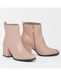 Lotta - Feminine Chunky Bootie Pink Leather