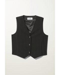 Levi Vest Black