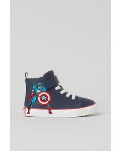 Hoge Sneakers Met Print Donkerblauw/captain America