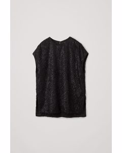 Relaxed Feathered Top Black