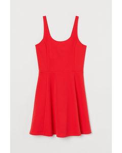 Glockiges Jerseykleid Rot/Gerippt