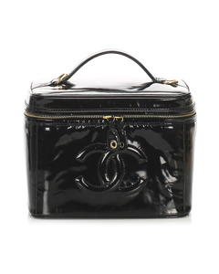 Chanel Cc Patent Leather Vanity Bag Black
