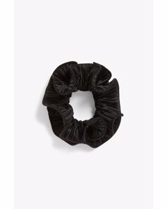 Pleated Satin Scrunchie Black