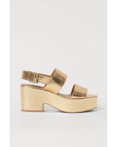 Skimrande Sandaletter Guld