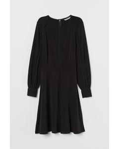Jerseykleid mit Spitze Schwarz