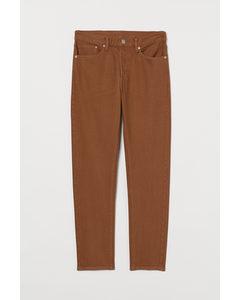 Slim Straight Jeans Braun