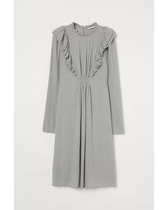 Mama Volangklänning I Viskos Ljusgrå