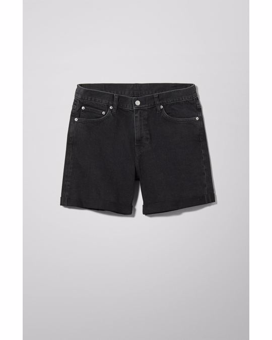 Weekday Beach Day Tuned Black Shorts Black
