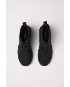 Pile-lined boots Black