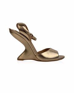 Salvatore Ferragamo Gold Leather Arsina Wedge Sandals Us 7.5c Eu 38