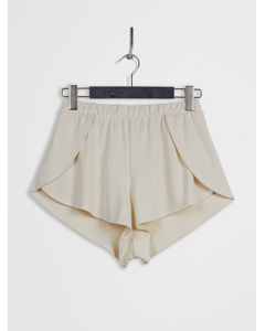 Side Slit Lyocell Shorts Beige
