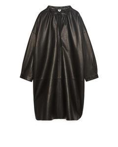 Tunika-Kleid aus Leder Schwarz