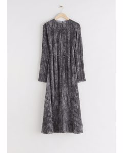 Pleated Belted Floaty Maxi Dress Grey Print