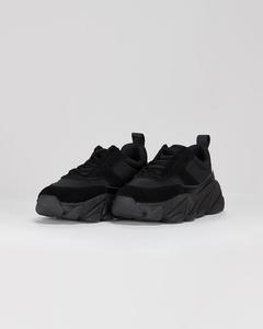 Fire Sneaker Black