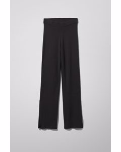 Cameo Knitted Trousers Black