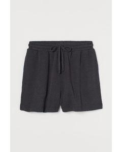 Gestrickte Shorts Dunkelgrau