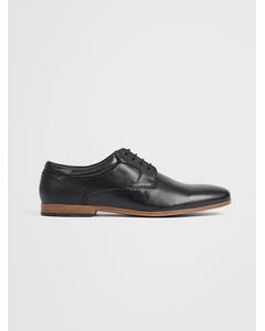 Shoes Classic L Black