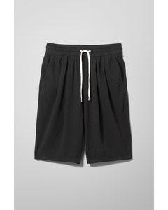 Ilon Drop Crotch Shorts Black