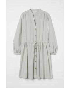 Kleid aus Leinenmix Helles Mattgrün