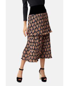 Floral Pleated Midi Skirt In Black