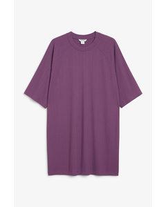 Geripptes T-Shirt-Kleid Lila