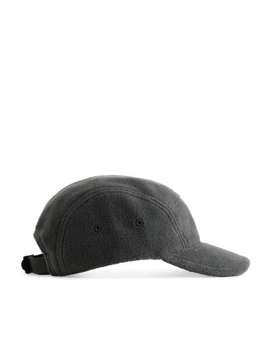 Arket Fleece-Kappe Dunkelgrau