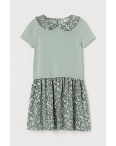 Kleid mit Kragen Mattgrün/Geblümt