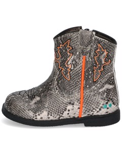 Boots Cow Classic