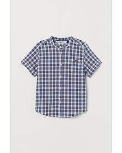 Stehkragenhemd aus Baumwolle Blau/Weiß kariert