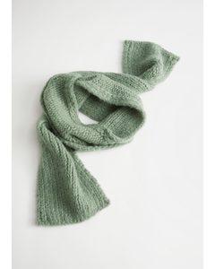 Grobgestrickter Schal aus Wollmix Grün