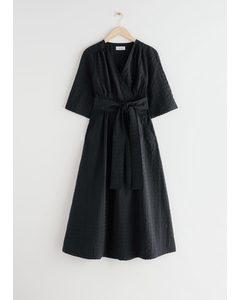 Relaxed Midi Wrap Dress Black