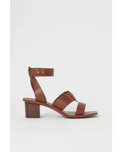 Sandaletten aus Leder Braun