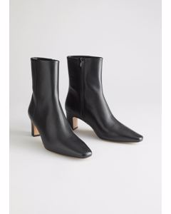 S Marion Boot Black