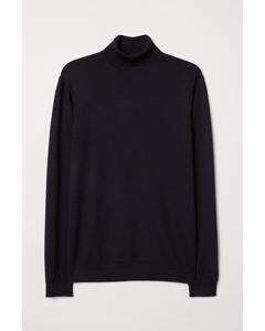 Rollerneck Jumper Black