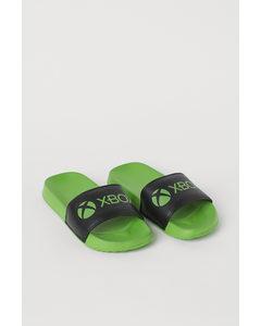 Badesandalen mit Druck Grün/Xbox