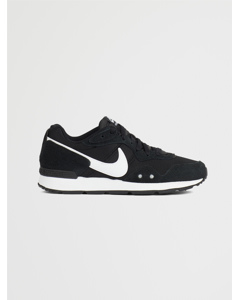 Nike Venture Runner Wx Black/white-black