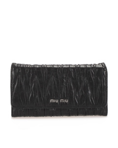 Miu Miu Matelasse Leather Wallet Black