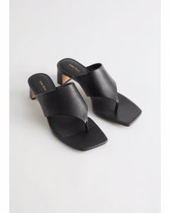Thong Strap Leather Mule Sandals Black
