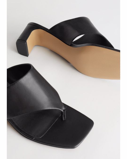 & Other Stories Thong Strap Leather Mule Sandals Black