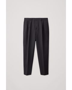 Pleated Wide-leg Trousers Black