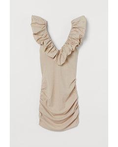 Bodycon-Kleid mit Volant Hellbeige