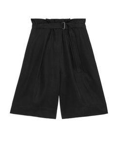 Belted Lyocell Shorts Black