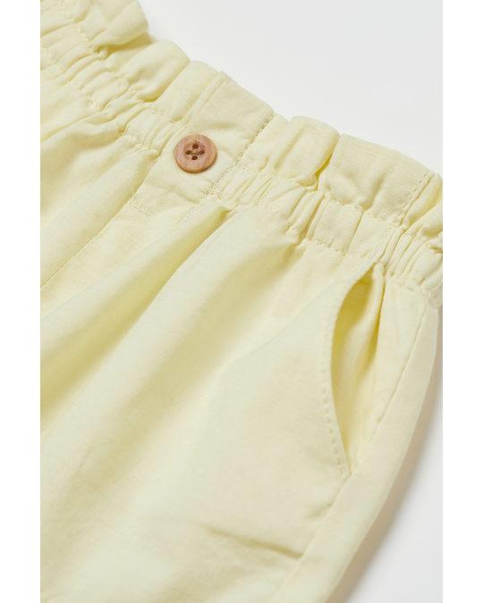 H&M Paper Bag Shorts Light Yellow
